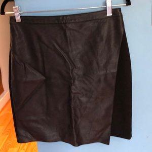 REVUE black Skirt size 4